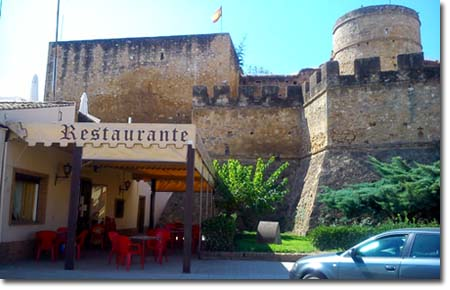 Restaurante Brasería Las Almenas Niebla Huelva 2